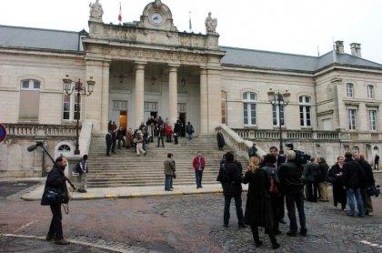 Yonne: des parents devant la justice faute d'avoir fait vacciner leur fille