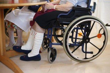 Six mois après l'Assemblée, le projet de loi vieillissement débattu au Sénat