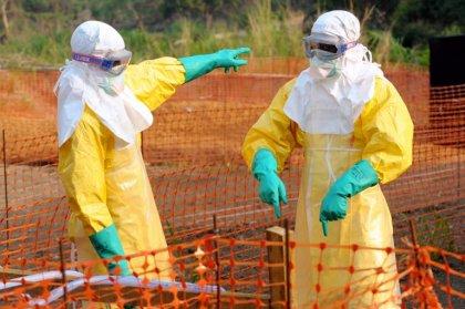 Ebola: un nouveau foyer suspect découvert au Liberia, l'épidémie s'étend