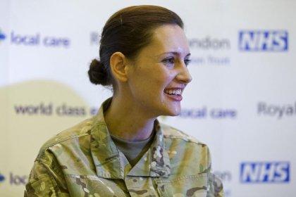 Ebola: une infirmière britannique guérie après avoir reçu un nouveau traitement