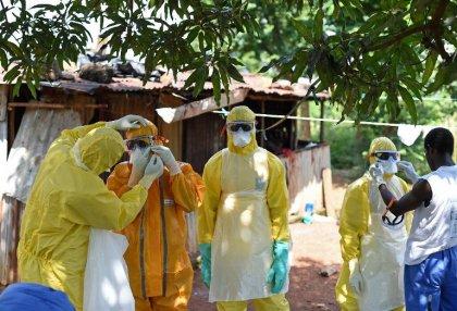 Sierra Leone: enterrer dignement les morts d'Ebola pour protéger les vivants