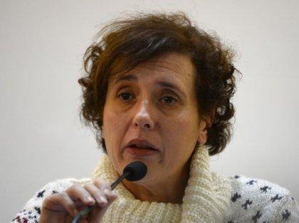 Ebola: émouvante sortie de l'hôpital d'une aide-soignante  à Madrid
