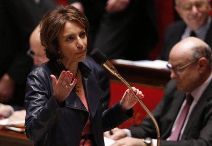 Tabac: feu vert des députés français au paquet neutre mi-2016