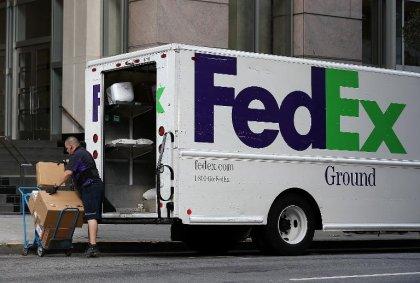 Médicaments en ligne: FedEx poursuivi pour des ventes illégales