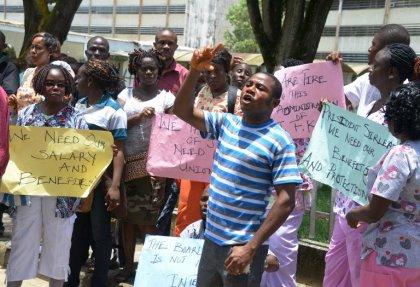 Ebola: les infirmiers du principal hôpital du Liberia en grève