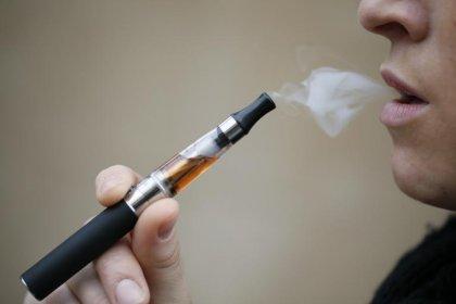 E-cigarettes: l'OMS contre la vente aux mineurs