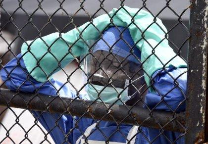 Ebola: le cameraman américain contaminé par le virus arrivé aux Etats-Unis