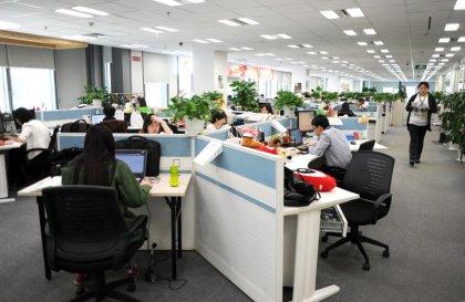 Travail: optimiser la lumière pour remettre son horloge biologique à l'heure