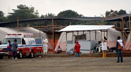 Ebola: moyens sans précédent au Liberia contre une propagation foudroyante