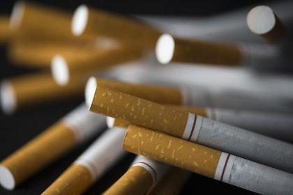 Etats-Unis: porter à 21 ans l'âge légal pour acheter des cigarettes réduirait le tabagisme