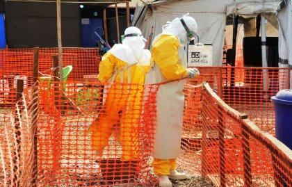 Ebola: les pays touchés luttent pied à pied pour sortir de l'épidémie