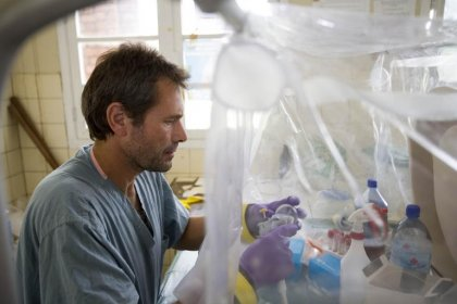 Ebola: feu vert de l'OMS pour les traitements expérimentaux