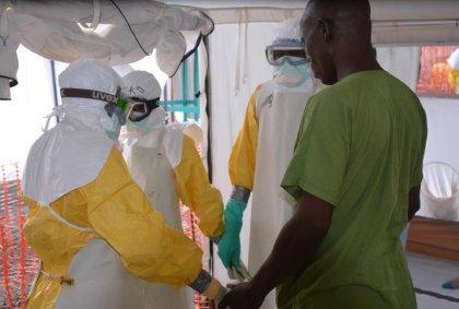 Ebola: des progrès, mais encore une bataille de longue haleine