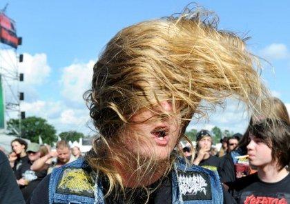Heavy Metal : attention à ne pas marquer trop violemment le rythme avec la tête