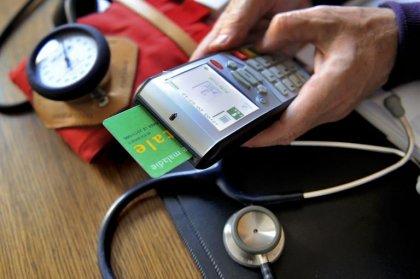 9,7 millions de patients déclarés en maladie de longue durée en 2013
