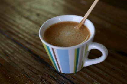 Le café, inoffensif pour la santé, protège peut-être même contre des maladies