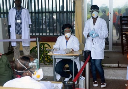 Ebola progresse de