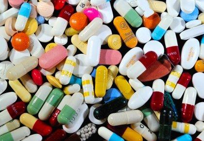 Pharmacie: au moins 245 M EUR de cadeaux offerts aux professionnels de santé