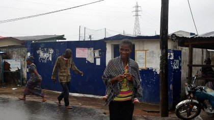 Liberia: un centre d'isolement attaqué à Monrovia, 17 malades d'Ebola en fuite