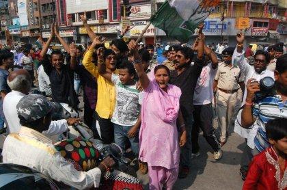 Décès de femmes stérilisées en Inde: arrestation du chirurgien