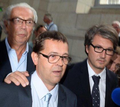 Euthanasie: l'urgentiste Bonnemaison acquitté, appels à modifier la loi