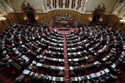Sénat: adoption d'une réforme du système de sécurité sociale des étudiants