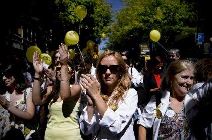 Portugal: les blouses blanches en grève contre l'austérité