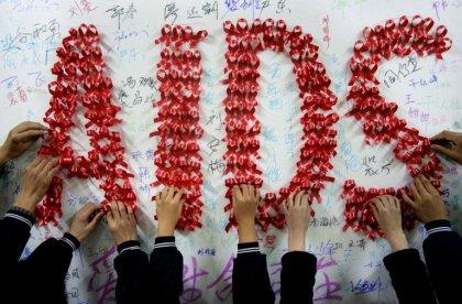 Chine: émotion autour de Kunkun, 8 ans, séropositif, chassé de son village