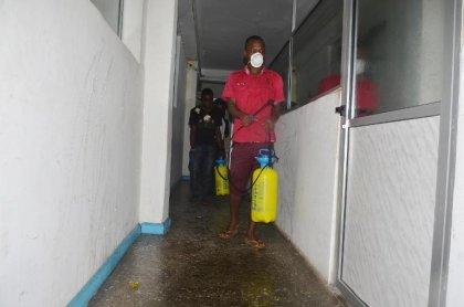 Ebola: la Banque mondiale promet son aide, 900 morts en Afrique de l'Ouest