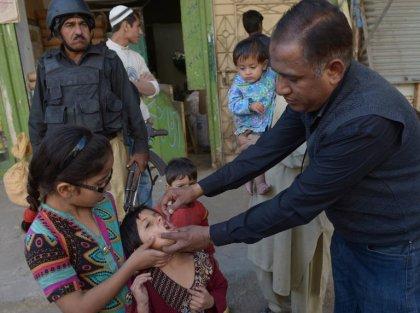 Pakistan: 470 parents écroués pour refus du vaccin antipolio