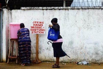 Ebola: la Côte d'Ivoire ouvre des couloirs humanitaires avec la Guinée et le Liberia