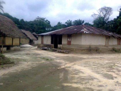 Dans un village du Liberia, des malades d'Ebola se retrouvent emmurés vivants