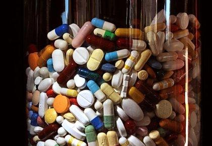 Les femmes abusent plus facilement des médicaments sur ordonnance