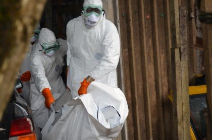 Ebola: plus de 2.400 morts, 4.784 cas