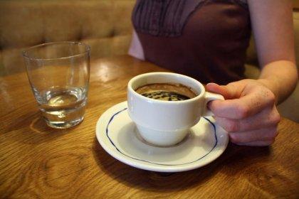 Boire du café pourrait réduire le risque de sclérose en plaques