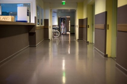 Les hôpitaux alertent Valls sur leur situation tendue