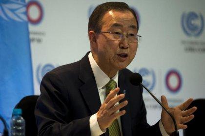 Ban ki-moon en tournée dans les pays frappés par Ebola