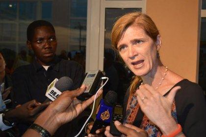 Ebola: l'ambassadrice américaine à l'ONU en Afrique, vigilance au Mali
