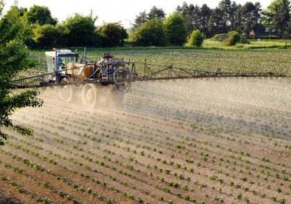 OMS: 5 pesticides classés cancérogènes