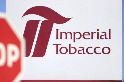 Tabac: Seita demande le report de l'obligation du logo