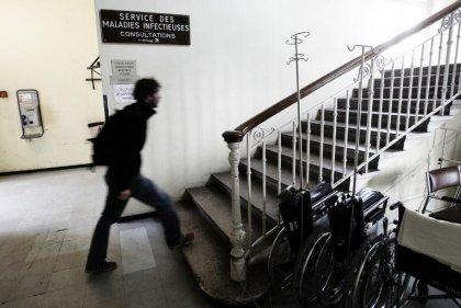 Ebola: l'hôpital de la Croix-Rousse à Lyon  prêt à accueillir des patients