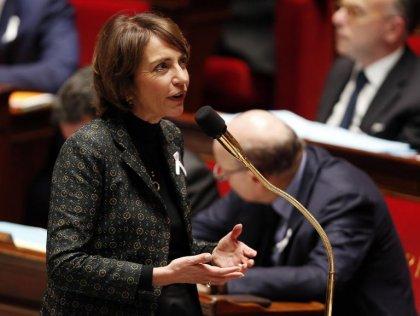 Loi santé: Mme Touraine