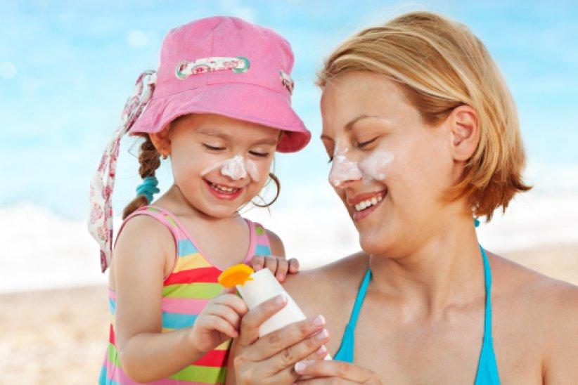 C'est dans l'enfance que le capital solaire est le plus vulnérable, car le système de défense contre les agressions des UV n'est pas achevé.