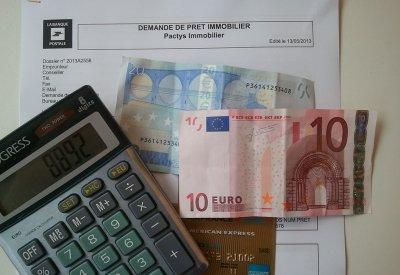 Prêts immobiliers : les emprunteurs se ruent en vue de la remontée des taux !