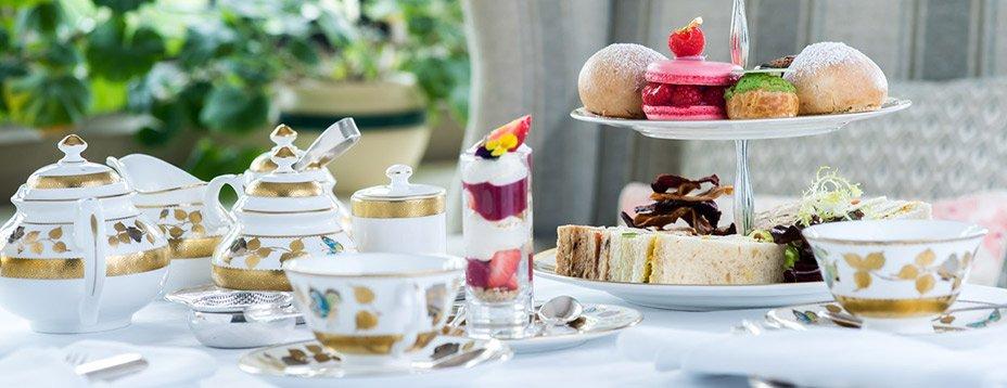 Pourquoi ne pas profiter de votre séjour à Londres pour vous offrir une tranche d'afternoon tea, la pause thé typiquement british ? Voici notre TOP 5 des meilleures adresses londoniennes.