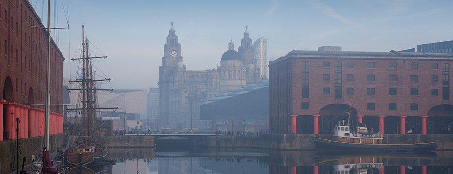 Le Nord de l'Angleterre regorge de paysages riches et variés : des prairies vertes du Yorkshire au front de mer de Liverpool. Cette région se caractérise par son étendue de lieux culturels à découvrir : de Liverpool en passant par Manchester sans oublier les villes York et Durham.....