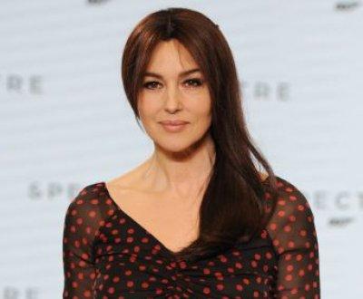 """Monica Bellucci, fière d'être """"la plus vieille James Bond Girl de l'histoire"""""""