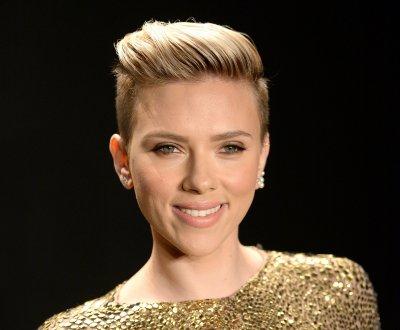 Scarlett Johansson : son groupe The Singles reçoit déjà une plainte