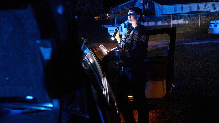 C8, Live PD : Police Patrol, 3h21 - 6h00, Documentaire, Accéder à la TV en direct