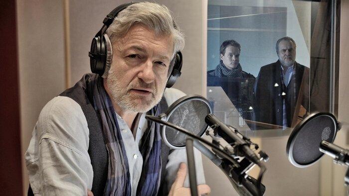 FRANCE 3, Le Renard, 15h15 - 16h10, S46E01 - Le Renard, Accéder à la TV en direct